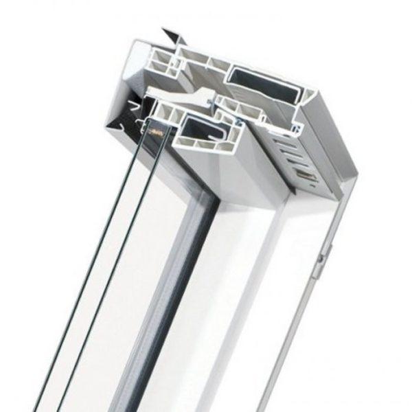 FAKRO PTP U3 Профи пластиковое мансардное окно